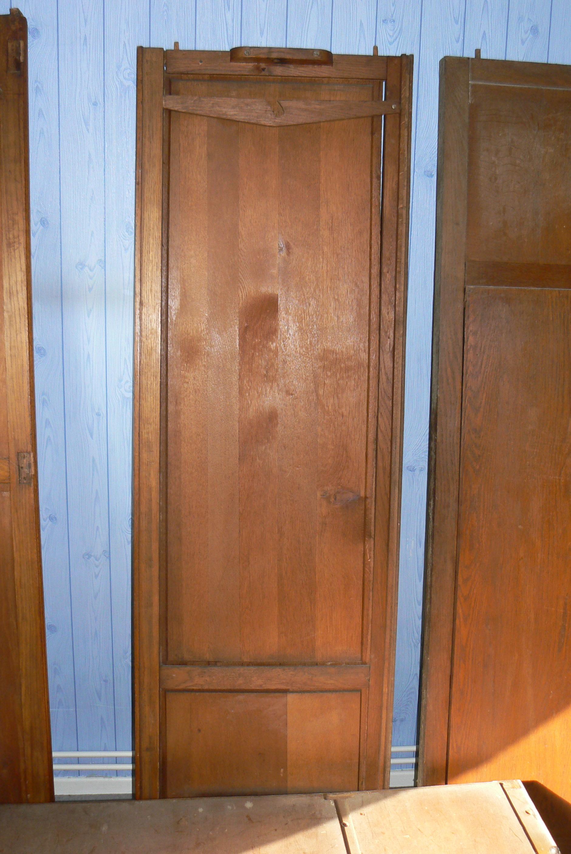 une chambre une deuxi me armoire vente de meubles anciens vente de meubles anciens. Black Bedroom Furniture Sets. Home Design Ideas